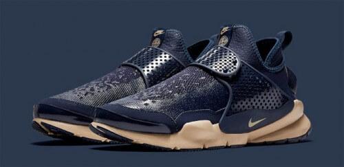 Stone-Island-X-Nike-Sock-Dart-Mid-navy