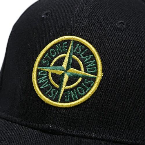 Stone Island cap_sort med farve logo_logo